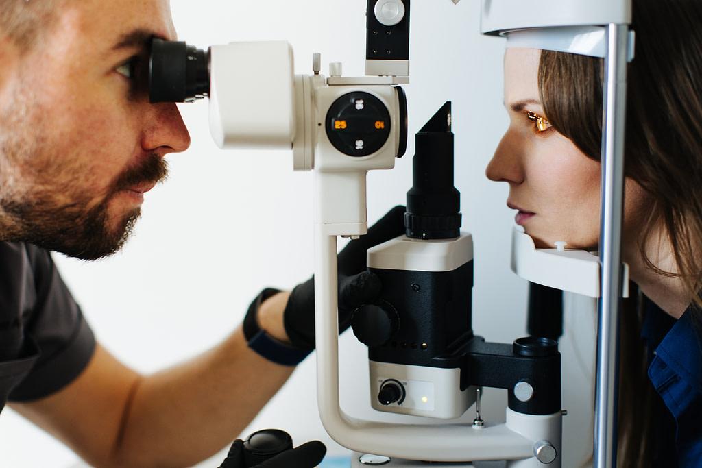 Diagnoza i badanie stożka rogówki.
